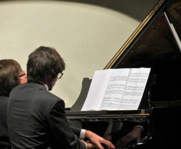 """""""IN MONTAGNA CON BACH"""": BAHRAMI-PALERMO,  LA GRANDE MUSICA A QUATTRO MANI"""