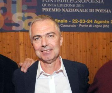 "PontedilegnoPoesia: ""Dai suoi raggi"" di Giuseppe Grattacaso nell'ottavo totem"